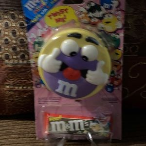 ❤️M&M Twist Me Candy and Toy❤️